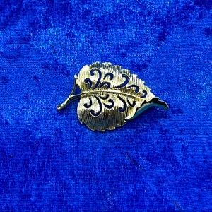 Leaf with Open Scrollwork Vintage